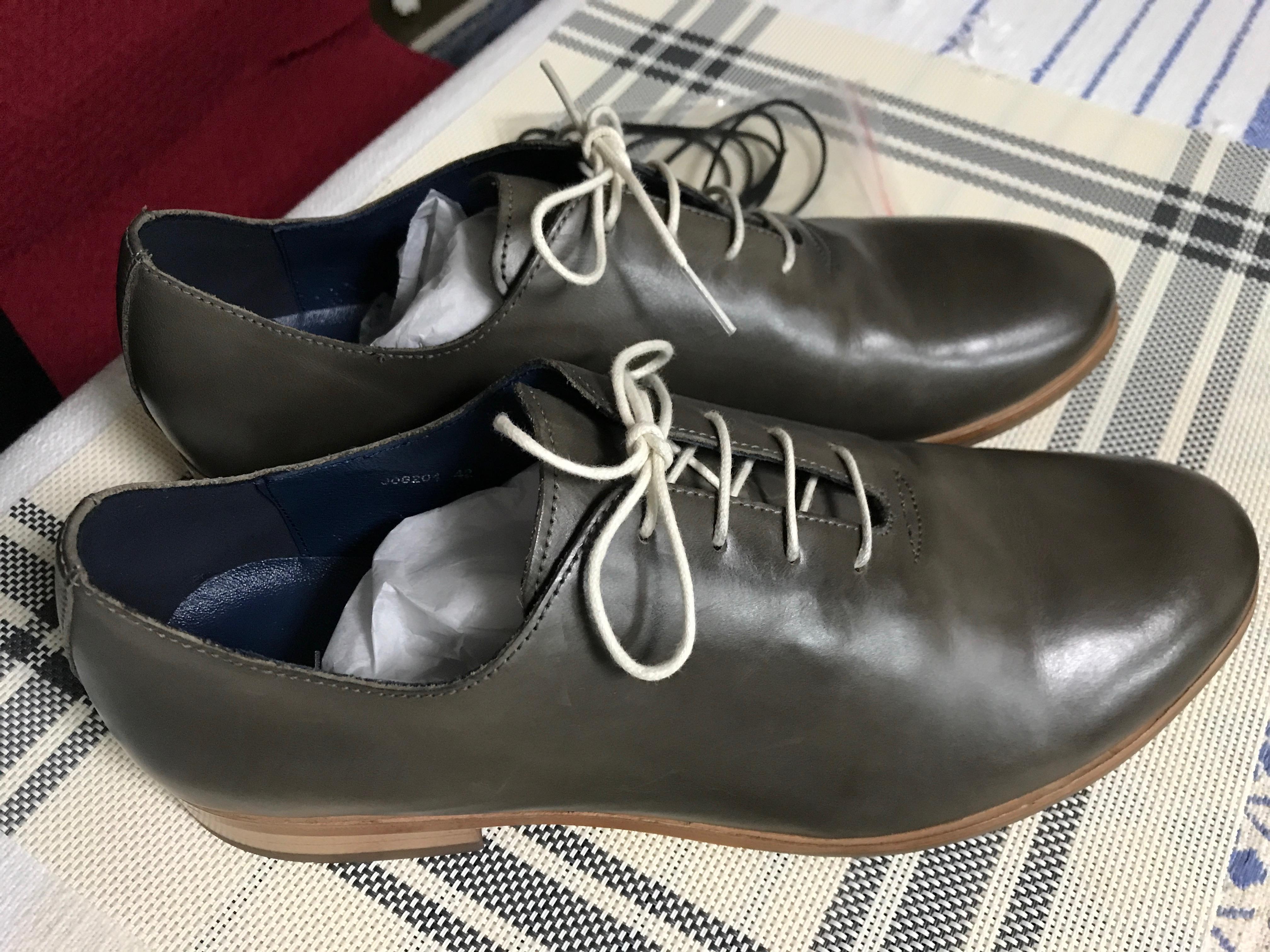 シニアに似合う、柔らかな皮の靴を買った!